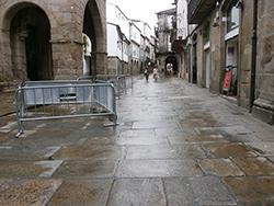 Fuentes y Pavimentos en Santiago Histórico